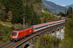 1116 274, EC 111 ( München -> Klagenfurt ). Bad Hofgastein (M. Kolenig) Tags: gasteinertal tauernbahn eurocity 1116 baum wald berg weg