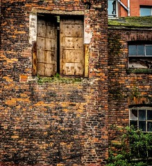 Northern Quarter, Manchester (terryhamlett) Tags: fuji fujifilm xt2 manchester northern quarter door abandoned building uk