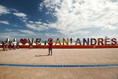 ILSA (Reto Togni Pogliorini) Tags: colombia sanandres island ilsa kolumbien karibik caribbean beach happy vivid people portraits holidays happydays colours ocean sky nikon d700