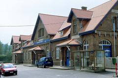 Gare @ Court Saint Etienne (Peter Van Gestel) Tags: court saint etienne lijn ligne 140 nmbs sncb 141 statie station gare