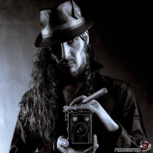 Selfie reporter.jpg