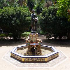 water nymph | málaga | españa (John FotoHouse) Tags: malaga españa spain travel 2018 dolan flickr fujifilmx100s fuji johnfotohouse johndolan leedsflickrgroup copyrightjdolan square park fountain