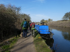 UK - Hertfordshire - Near Cheshunt - Walking along Lee Navigation past narrow boat (JulesFoto) Tags: uk england ramblers capitalwalkers hertfordshire cheshunt walking leenavigation