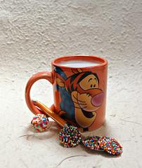 2019 Sydney: Tigger + Chocolate (dominotic) Tags: 2019 food coffee chocolate tiggercoffeemug freckles 100sand1000s foodphotography coffeeobsession yᑌᗰᗰy sydney australia