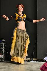 Belly Dancer (Axel Khan) Tags: bauchtänzerin tanz frau hübsch attraktiv schön kostüm fantasie karneval fasching bellydancer dance woman pretty attractive beautiful costume fantasy carnival