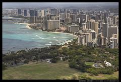 _MG_7127c (Steven Encarnación) Tags: steven encarnacion photographer canon 6d tokina 100mm f28 hawaii oahu city buildings sea ocean park ava availablelight telephoto tropical