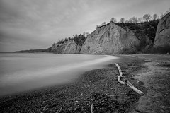 Scarborough Bluffs (ocarmona) Tags: scarborough bluffs canon 6d 1740mm longexposure nd1000 cliff water blackandwhite nature