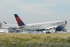 Delta Airlines A350-941 (N503DN) LAX Landing (hsckcwong) Tags: deltaairlines a350941 a350900 n503dn lax klax airbusa350