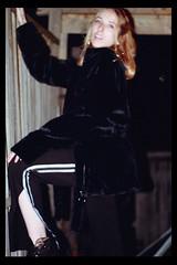 Alexis D (TheJennire) Tags: photography fotografia foto photo canon camera camara colours colores cores light luz young tumblr indie teen adolescentcontent blackframes people portrait flashphotography toronto canada 2018 blonde fashion ootd outfit 90s retro winter