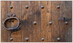 Vieille porte (balese13) Tags: 100nikon 1855mm aoustrille d5500 indre nikonpassion ancien bois clou nikon poignée porte rouille rusty serrure balese pixelistes 1500v60f