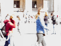 Abstract flow 1 red and blue (thierry_meunier) Tags: carroussel france louvre paris abstract colors creativity crowd effect femme flou flow homme lowkey man men mouvement people rue street streetphotos surexposition woman women