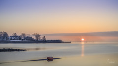 A magnificent sunrise (ambar.saha) Tags: sunrise connecticut ct newengland winter sun beach guilford usa dawn morning atlantic goldenhour landscape landscapephotography seascape sea sky color statepark