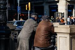 5027 - Street BCN (Oriol Valls) Tags: santandreu oriol valls oriolvalls sant andreu barcelona spain catalunya cataluña ciutat city barna bcn ciudad make digital canon eos 6d canoneos6d canon6d photo pic picture capture moment photos pics pictures beautiful exposure composition focus street streetphotography urban architecture building architexture buildings skyscraper design cities picoftheday photooftheday color allshots citykillers urbanandstreet streetframe visualoflife streetselect streetphotographer peoplewatching everybodystreet streetsnap fotogràfic fotografia carrer calle fotografíacallejera fotografía callejera fotografiadecarrer barcelonastreet