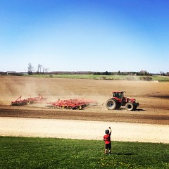 Can I go for a ride? (jessalynn_sammons) Tags: iphone farmlife countrylife farmer farm farmscape countryside dusty agriculture field tractor farmboy farmkid kid