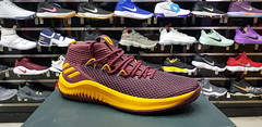 "Adidas Dame Lillard 4 / 14 us • <a style=""font-size:0.8em;"" href=""http://www.flickr.com/photos/40658134@N04/32999651938/"" target=""_blank"">View on Flickr</a>"