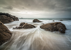 Resist (Photo Lab by Ross Farnham) Tags: cornwall coverack sony a7rii lee filters 1635mm rossfarnham landscape sea ocean beach tidal drama