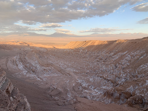 Sunset at 2,580 meters (8,464.56 ft) above sea level, the Valley of Mars, the Valley of the Moon (Valle de la Luna), San Pedro de Atacama, the Atacama Desert, Chile.