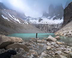 Base de las Torres (Tom Neumann) Tags: chile torresdelpaine patagonia sudamerica samyang sony sonya7m2 ilcea7m2 20mm glaciar lago torres montaña senderismo naturaleza nature trekking mountains towers southamerica lake glacier fog niebla