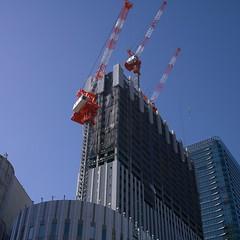 20190202_P1040565-1x1 (NAMARA EXPRESS) Tags: street 1x1 building construction structure crane daytime fine outdoor winter color umeda osaka japan silkypix ds61 panasonic lumix dmcgm1 gm1 20mm namaraexp