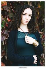 DSC_0207denyfosmodfirma (manuele_pagani) Tags: manuelepaganiamateurphotography portrait ritratto curly curlyhair ivy denise winter elegance italiangirl italianportrait italianbeauty