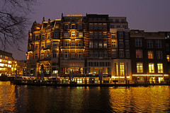 Amsterdam2014_082 (schulzharri) Tags: holland niederlande netherlands europa europe travel reise water gracht amsterdam wasser city stadt boot fluss gebäude himmel fenster architektur