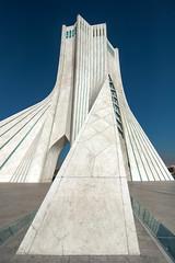 Azadi Tower (Robin Geys) Tags: iran nikon d90 persia azadi tower tehran tokina atx f4 1224mm