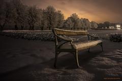 Take a minute (MIKAEL82KARLSSON) Tags: strömsholm vinter winter kallt cold night natt nightshot nattfoto nightphoto park snow snö bänk bench sverige sweden sony a7ll samyang 24mm mikael82karlsson