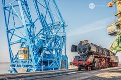 In between (BackOnTrack Studios) Tags: dr 50 3670 36702 dampflok dampflokomotive steam locomotive loco unloading floating crane titan drb railways train lok bulgaria ruse port danube