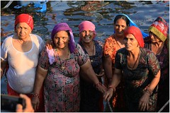 India Travel Photography: Aarti Ceremony, Nada Sadhus & burning Ghats at Varanasi 2019 Benares.031 by Hans Hendriksen (Travel Photography - Reisfotografie) Tags: india travel photography uttar pradesh north noord crowd reisfotografie reisfoto varanasi cremation ghat ghats benares banāras kashi kasi 2019 bad baden bath snan bathing people planet naked naakt naga sadhu saddhu baba nackt hindu hindus hindoe hindoes ganga gangus ganges river rivier march holy heilig sacred ceremony ceremonie religion religie nude dahues babas pelgrims pilgrimage pilgrims bedevaart menigte hindúes sagrado río aarti fire vuurceremonie burning manikarni manikarnika dead reincarnation reincarnatie afterlife