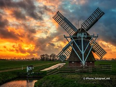 Mill Witte Lam (iPhone Fotograaf) Tags: clouds evening landscape sun sunset iphone8plus mill dutch sky windmill