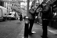 Good Morning Chinatown (Coquine!) Tags: christianleyk london unitedkingdom greatbritain england street strase chinatown soho cigarettebreak vans delivery conversation blackwhite schwarzweis