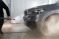 IMG_1281 (Blongman) Tags: auto car vl japan bmw toyota x6m carwash wash water russia 7d