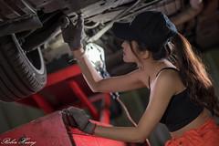 DSC_2110 (Robin Huang 35) Tags: 張淳艾 波比 poppy 修車廠 修車服 工作服 人像 portrait lady girl nikon d850 car 車