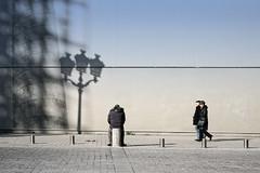 Place Vendôme (erichudson78) Tags: france iledefrance paris1er placevendôme streetphotography scènederue ombres shadows canoneos5d canonef24105mmf4lisusm silhouettes personnes people rue street