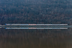 Morning Commute (Erie Limited) Tags: metronorth hudsonline hudsonriver ge p32acdm manitouny commuter train railfan railroad