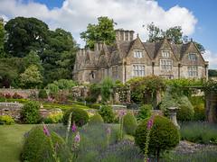 Upper Slaughter Manor Gardens, Cotswolds (Bob Radlinski) Tags: cotswolds england europe gloucestershire uk upperslaughtermanorgardens em1c7426orf