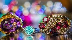 Jewelry - 6528 (ΨᗩSᗰIᘉᗴ HᗴᘉS +49 000 000 thx) Tags: macro jewelry bokeh bijou macromondays jewel brillant brilliant belgium europa aaa namuroise look photo friends be yasminehens interest eu fr party greatphotographers lanamuroise flickering mm hmm