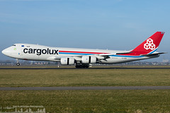 LX-VCN Cargolux Airlines International Boeing 747-8R7F (AMS - EHAM - Amsterdam Schiphol) (Sierra Aviation Photography) Tags: eham amsterdam netherlands ams polderbaan boeing embraer airbus planespotting planespotter spotter avionik spotting aviation luftfahrt airline airlines airways airport runway landing departure arrival jet sierraaviationphotography sierraaviation canon 5d 5dmkiv eos engine taxiway terminal apron flugzeug luchthaven vliegtuig luchtvaart aeroporto avião airliner jetliner civilaviation aircraft airplane aeroplano 飛機 飞机 الطائرات 航空機 空港 مطار 机场 航空公司 الطيران エアライン 항공회사