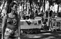 DSC09150 (O KDUKO) Tags: araraquara blackandwhite blackandwhitephotography pictureoftheday blackandwhitephoto photography bnwcaptures monochrome monochromatic bw bwstyles artgallery visualart bwphotooftheday photoshoot bwstyleoftheday aesthetics streetphotography arts rolefeira sonyilce3000 pessoas crianças