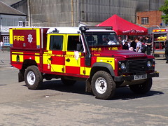 6300 - Surrey FRS - LC63 ASU - 101_1901 (Call the Cops 999) Tags: uk gb united kingdom great britain england 999 112 emergency service services vehicle vehicles brooklands museum open day bank holiday monday 5 may 2018 surrey fire and rescue