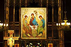 Do not forget to thank... (Fnikos) Tags: church iglesia església santjaume icon byzantine trininy holytrinity hospitality abraham rublev painting indoor