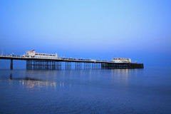 2018_05_06_0243 (EJ Bergin) Tags: sussex westsussex landscape worthing sunset beach sea seaside worthingpier seafront bluehour