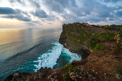 Uluwatu Temple | Bali (kachaneawsuparp) Tags: sony sonya7rii lens landscape emount 35mm gm gmaster 1635 1635gm 16mm 1635mm bali indonesia temple a7rii asia a7 seascape fe fullframe f28 fulframe peatkacha