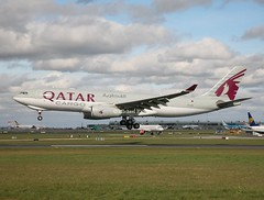 Qatar Airways Cargo                                    Airbus A330                                 A7-AFZ (Flame1958) Tags: qatar qatarairways qatarairwayscargo qatarcargo qatara330 qatara330f airbusa330 airbus a330 330 a330f 330f airbusfreight airbusfreighter a7afz dub eidw dublinairport 200319 0319 2019 internationalaerospacecoatings 8420