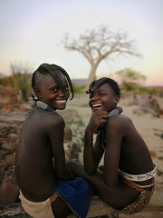 Cheerfulness (Jhaví) Tags: himba girls epupa namibia beauty sonrisa smile alegria happyness trip travel awesome lovely guapas tribal tribu africa
