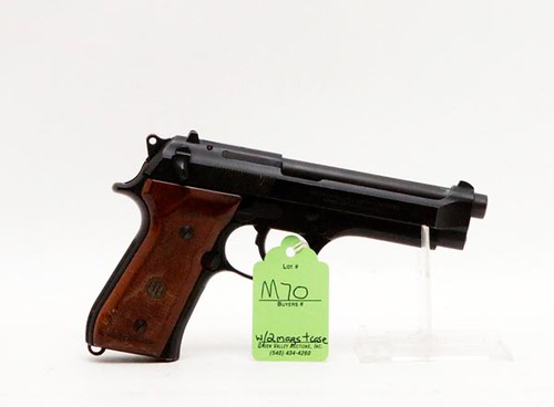 Beretta Model 92F 9mm Para Semi Automatic Pistol
