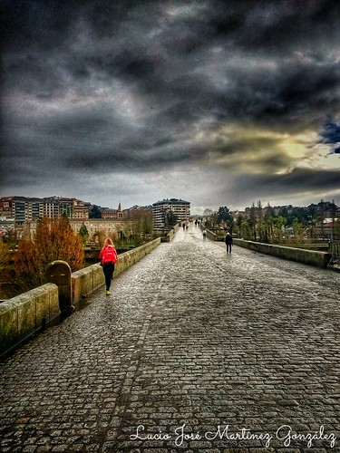 """Ourense. Galicia. España. Puente romano. Roman Bridge. • <a style=""""font-size:0.8em;"""" href=""""http://www.flickr.com/photos/26679841@N00/33472420928/"""" target=""""_blank"""">View on Flickr</a>"""