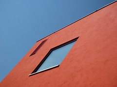 Blue orange (Iris_14) Tags: architecture abstract abstraction geometry window fenêtre façade corner minimal reflection reflet lausanne vaud suisse switzerland schweiz rôtillon onblue