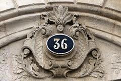 36 (just.Luc) Tags: number getal chiffres cijfers 36 sculpture escultura building gebouw gebäude bâtiment bordeaux gironde nouvelleaquitaine france frankrijk frankreich francia frança 36frame