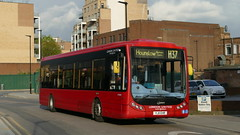 Not Long Left (londonbusexplorer) Tags: london united ratp group optare tempo ot30209 yj11ehr h37 hounslow blenheim centre richmond manor circus tfl buses